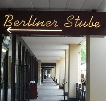 Neonreparatur-Berliner Stube-001